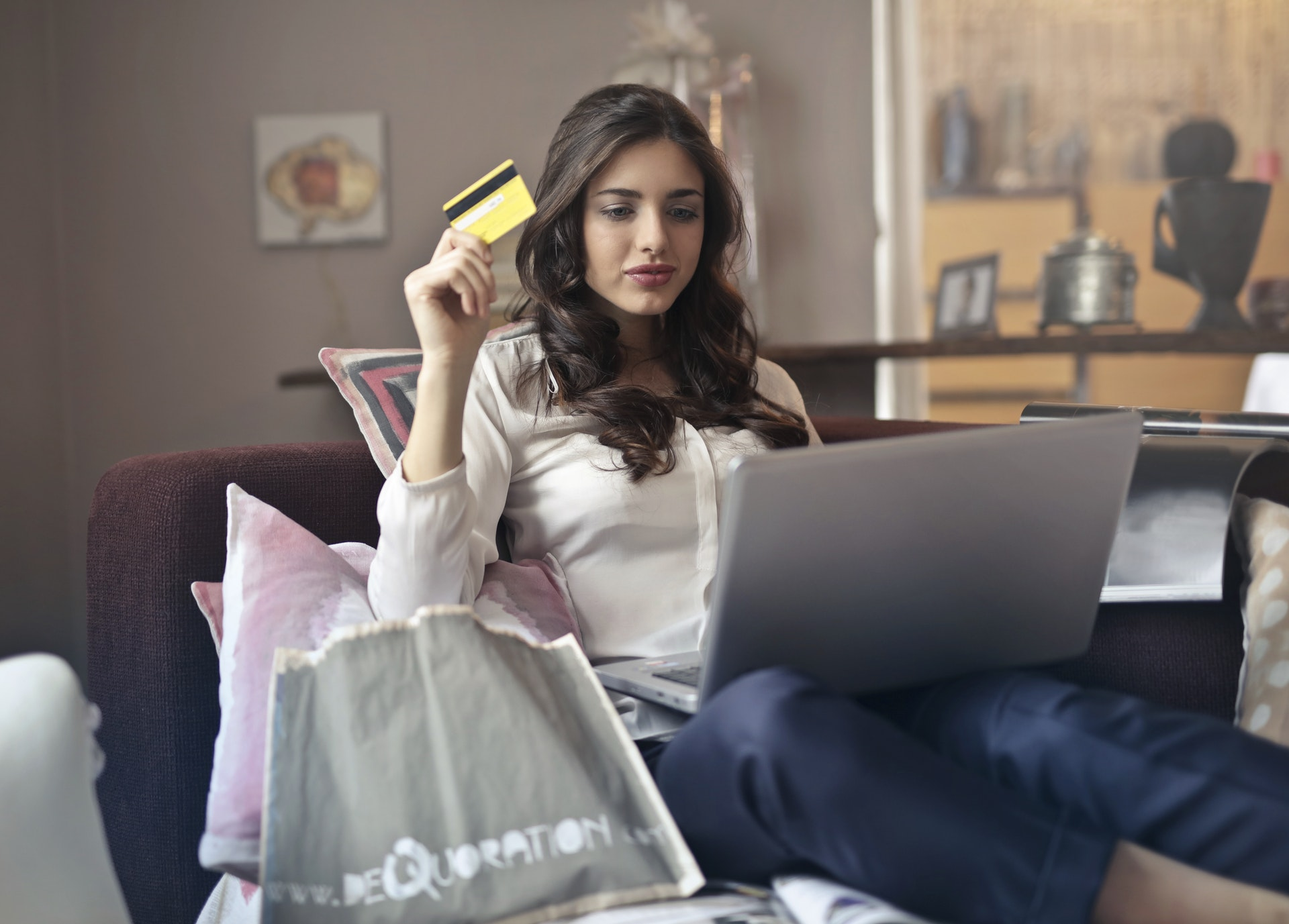 Woman online purchasing
